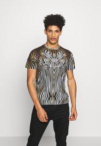 Just Cavalli - ANIMAL - T-shirt con stampa - black/brown - 0