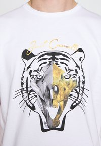 Just Cavalli - TIGER  - T-Shirt print - white - 5