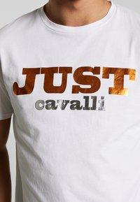 Just Cavalli - LOGO - Print T-shirt - white - 5
