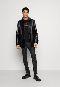 Just Cavalli - LOGO - T-shirt con stampa - black - 1