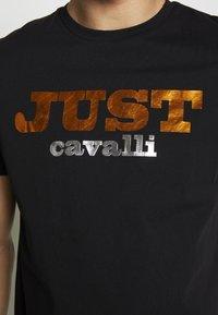 Just Cavalli - LOGO - T-shirt con stampa - black - 5