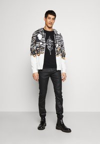 Just Cavalli - SNAKE - T-shirt con stampa - black - 1