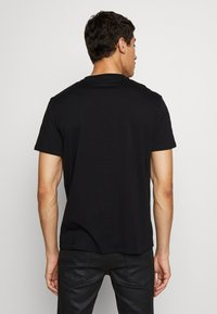 Just Cavalli - SNAKE - T-shirt con stampa - black - 2