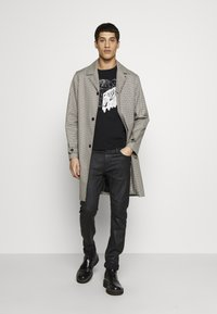 Just Cavalli - TIGER - Print T-shirt - black - 1