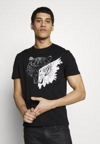 Just Cavalli - TIGER - Print T-shirt - black - 0