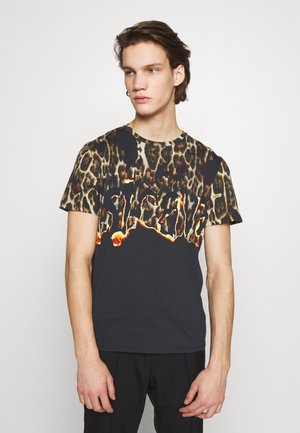 LEOPARD - T-shirt con stampa - black