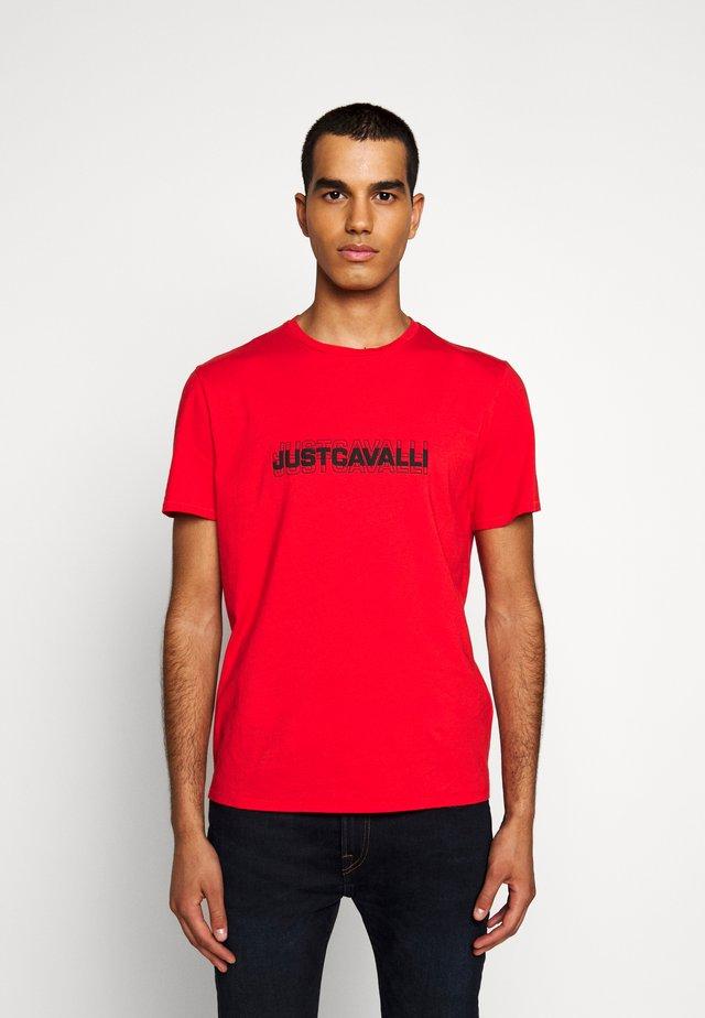 T-shirts print - grenadine red
