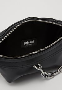 Just Cavalli - BAND WITH A CONTRAST LOGO - Ledvinka - black - 2