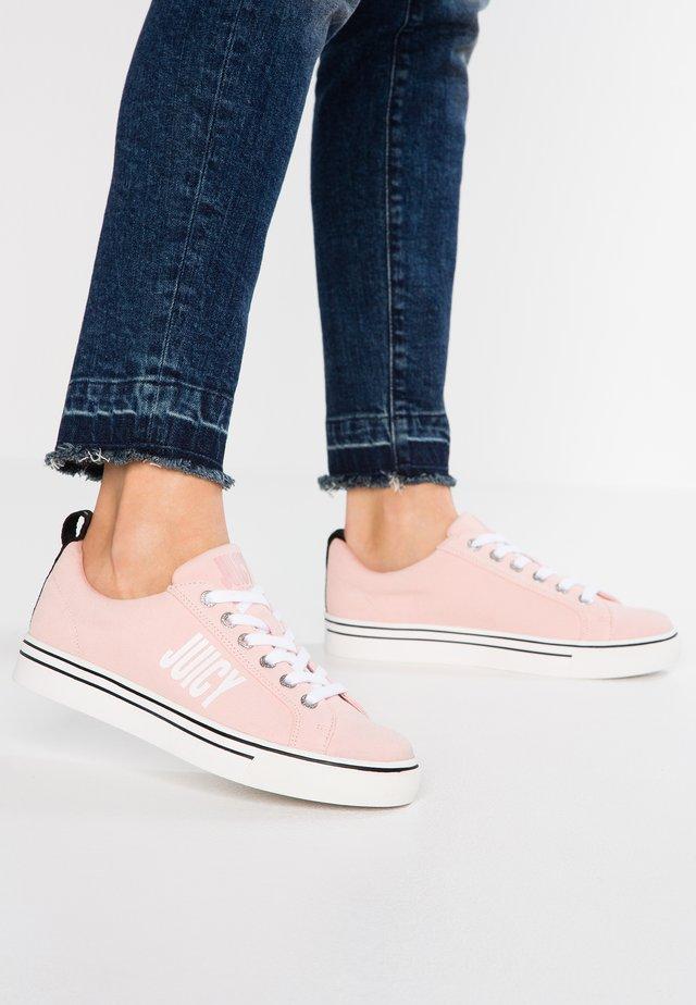 CHARLEE - Sneakers laag - baby pink