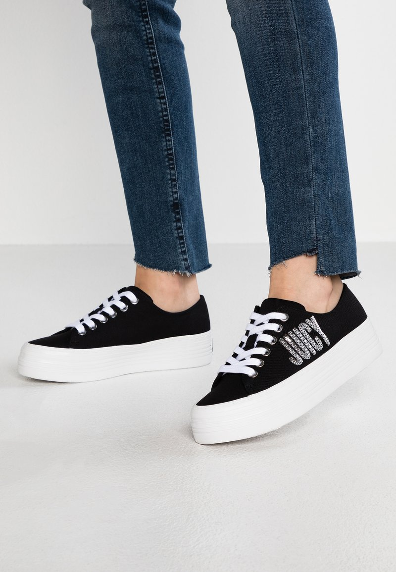 Juicy by Juicy Couture - ZULEIKA - Sneaker low - pitch black
