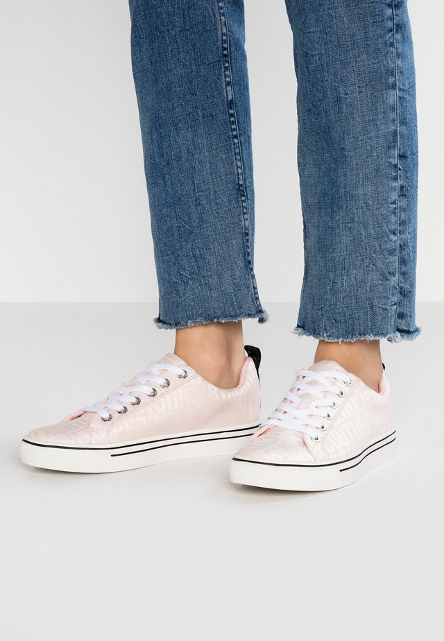 CHRISTY - Trainers - baby pink/bleached bone