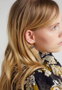 Julie Sandlau - PRIME EARRING - Náušnice - gold-coloured/sapphire blue - 1