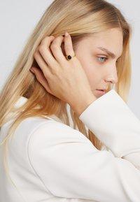 Julie Sandlau - PRIMINI RING - Ring - gold-coloured/black - 1