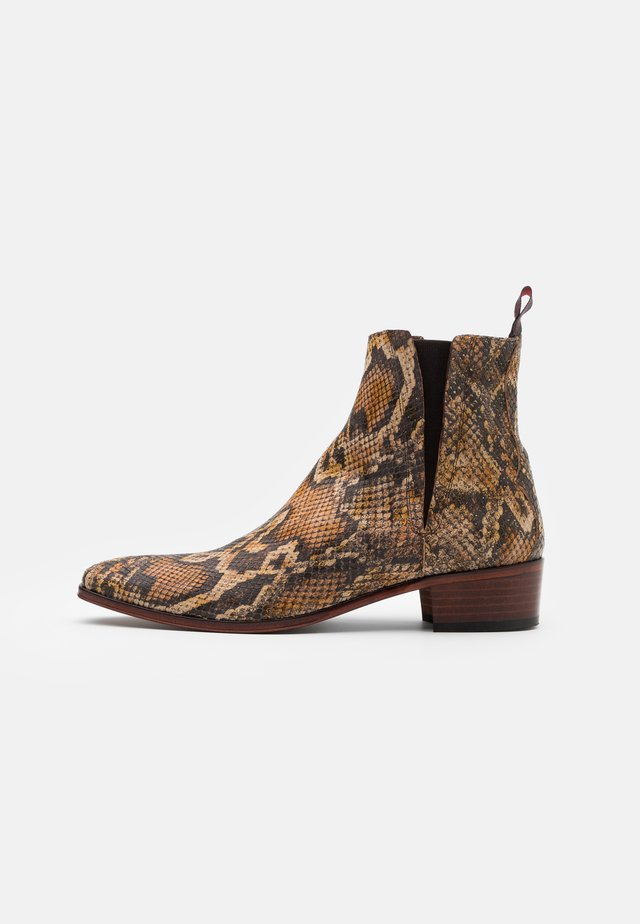 CARLITO  - Classic ankle boots - thai natural