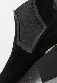 Jeffery West - SYLVIAN NEW CHELSEA - Classic ankle boots - black - 5