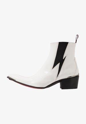 VEGAN SYLVIAN - Cowboy/biker ankle boot - white
