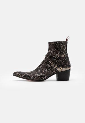 VEGAN SYLVIAN DOUBLE BUCKLE  - Cowboy/biker ankle boot - pado