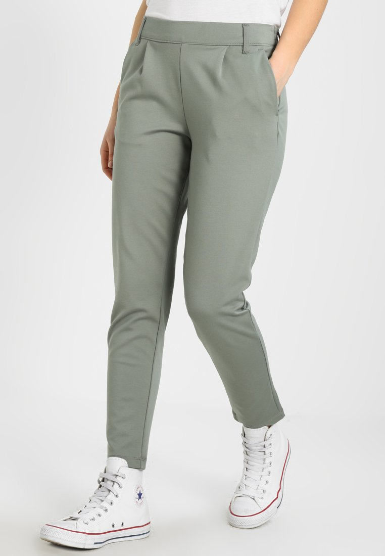 JDY - JDYBETTY PANT - Jogginghose - agave green