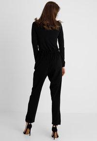JDY - JDYDAKOTA - Pantalon classique - black - 2