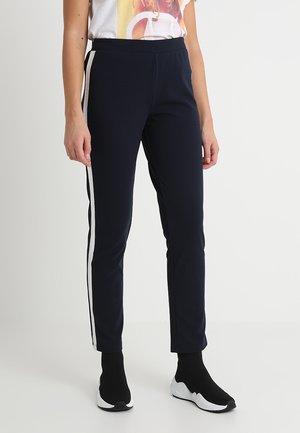 JDYELEANOR PANT - Pantalones - sky captain/silver
