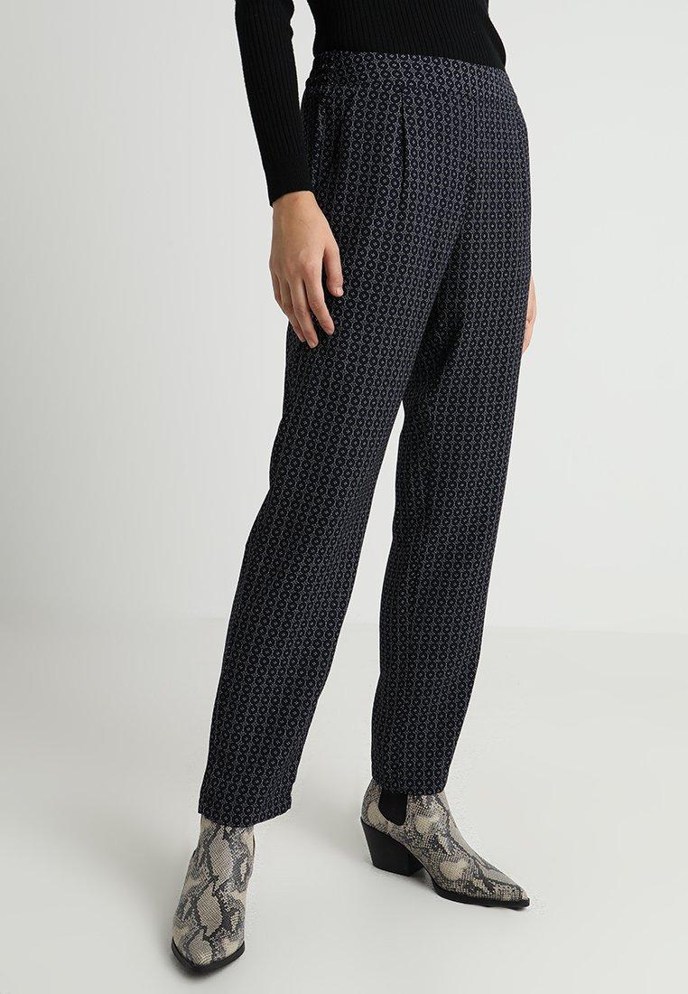 JDY - JDYILSE PANT  - Trousers - sky captain/zen blue