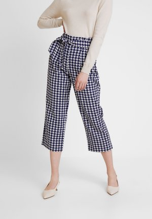 JDYMISTY HIGH CROPPED PANT - Trousers - sky captain/cloud dancer