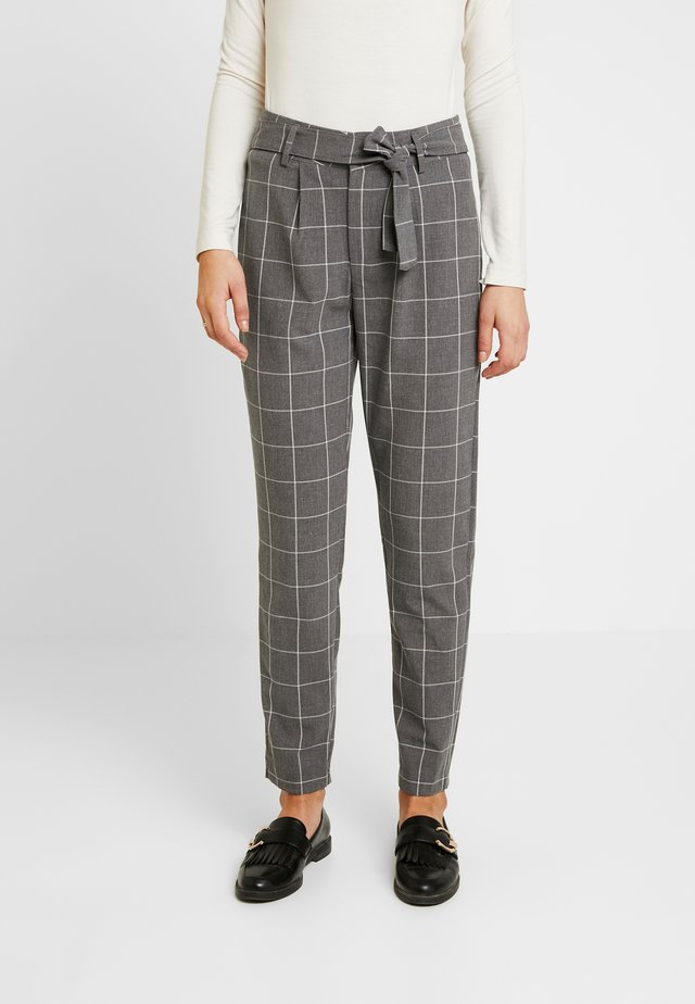 JDYPUCA BELT PANT - Bukser - dark grey melange/cloud dancer