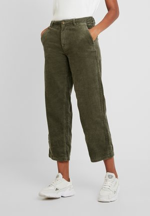 JDYKIRA WIDE HIGH - Pantaloni - grape leaf