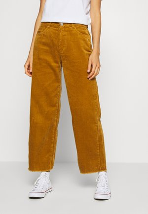 JDYKIRA LIFE HIGH WIDE PANT - Bukse - golden brown