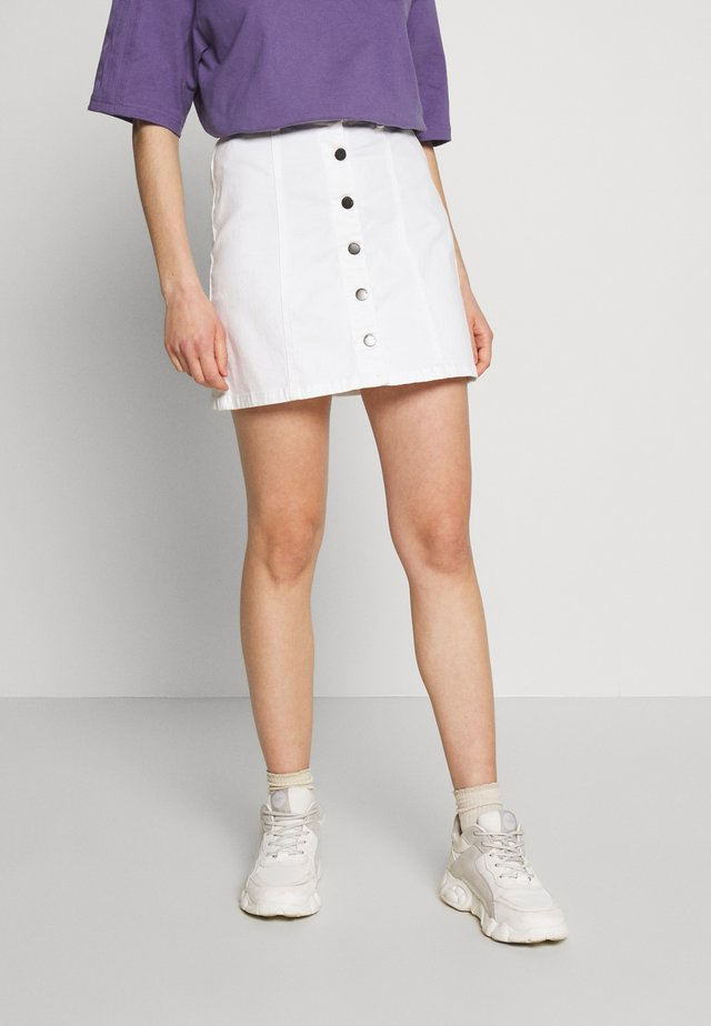 JDYFIVE BUTTON SKIRT - A-line skirt - white