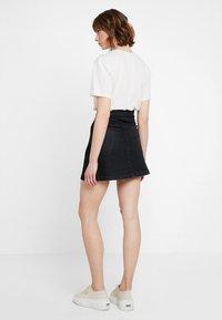 JDY - JDYALLY WRAP SKIRT - Áčková sukně - black denim - 2