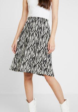 A-snit nederdel/ A-formede nederdele - black/zebra