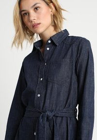 JDY - JDYESRA SHIRT DRESS  - Dongerikjole - dark blue denim - 4