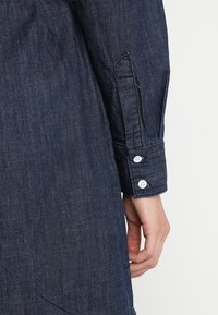 JDY - JDYESRA SHIRT DRESS  - Dongerikjole - dark blue denim - 6