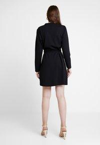 JDY - MIT LANGEN ÄRMELN DETAILREICHES - Jerseyklänning - black - 2