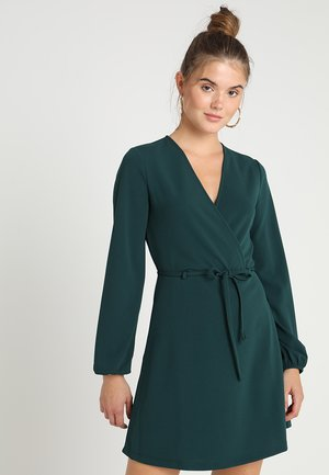 JDYLAUREN BELT DRESS - Denní šaty - ponderosa pine