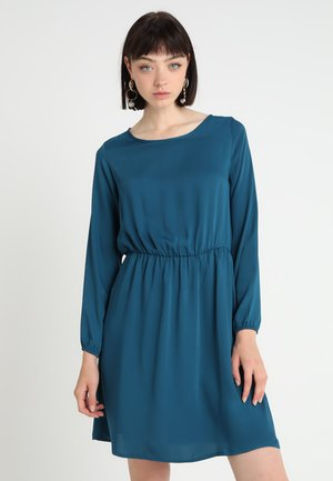 JDYGUSTAV DRESS - Denní šaty - legion blue/black