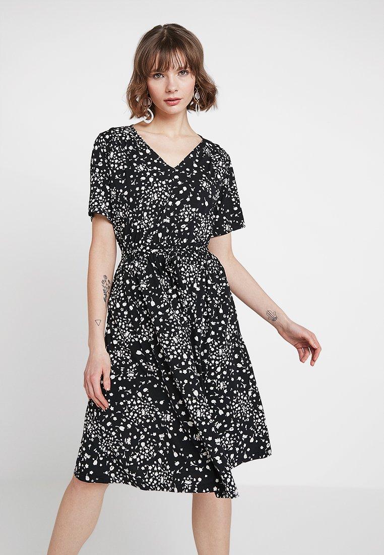 JDY - JDYTHEA DRESS  - Žerzejové šaty - black