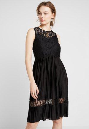 JDYMARNI DRESS - Koktejlové šaty/ šaty na párty - black
