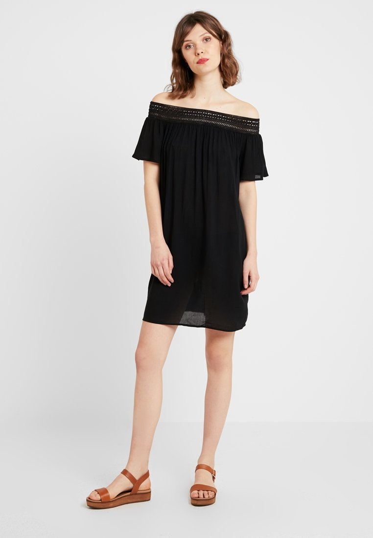 JDY - JDYFAMOUS OFFSHOULDER DRESS - Freizeitkleid - black