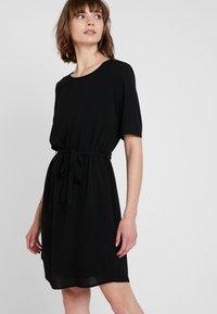 JDY - JDYAMANDA - Denní šaty - black - 0