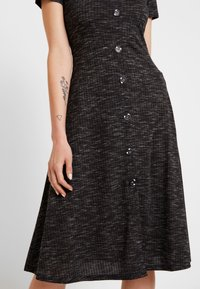 JDY - JDYLAUREN BUTTON DRESS - Jersey dress - dark grey melange - 6