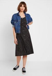 JDY - JDYLAUREN BUTTON DRESS - Jersey dress - dark grey melange - 2