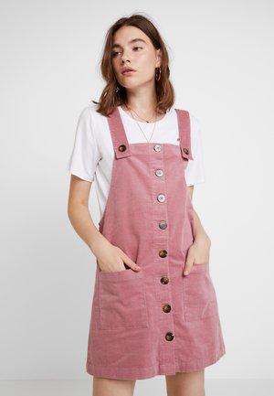 JDYERA OVERALL DRESS - Denní šaty - nostalgia rose