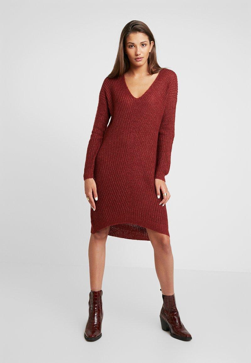 JDY - JDYTAMMY  - Pletené šaty - russet brown/melange
