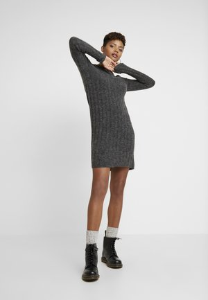 JDYNINE O NECK DRESS - Strikket kjole - dark grey