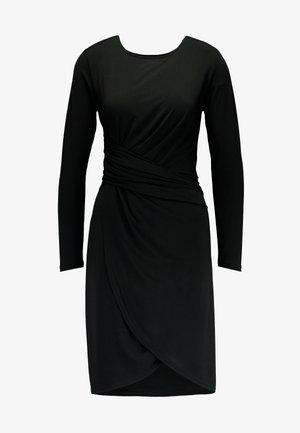 JDYHEART DRESS - Robe en jersey - black