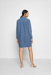 JDY - JDYSANSA DRESS RAW  - Dongerikjole - medium blue denim - 2