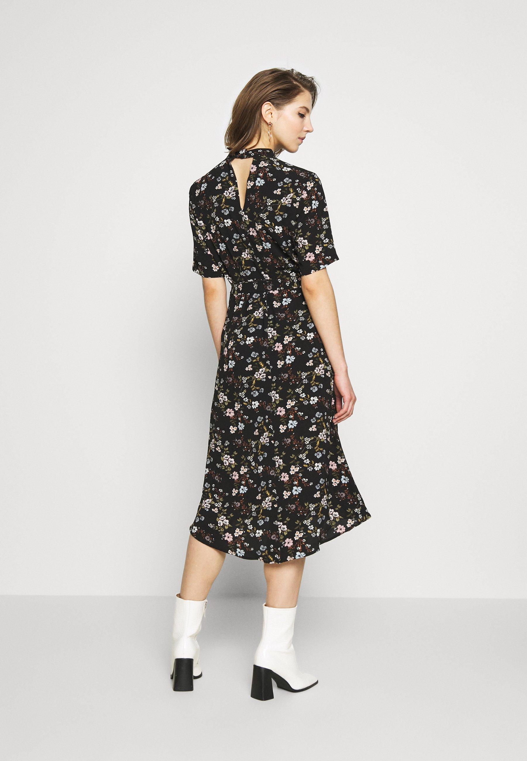 JDY JDYPIPER HIGHNECK DRESS - Sukienka letnia - black