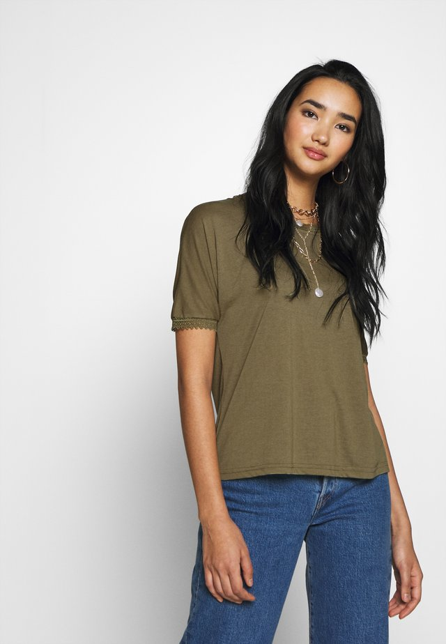 JDYMARIA - Basic T-shirt - martini olive